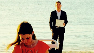 A Man Proposed To His Girlfriend Every Day For A Year Without Her Knowing