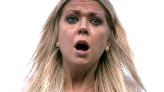 Tara Reid Is Officially Back As April For 'Sharknado 4,' So Try To Act Surprised