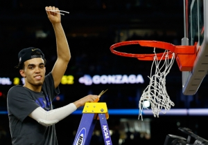 Cleveland Trades Final 4 MOP Tyus Jones To Minnesota For Two Second-Rounders