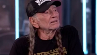 Willie Nelson Talked To Jimmy Kimmel About Getting Stoned On The White House Roof