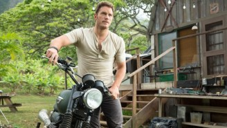 Chris Pratt Continues To Be Charming In A 'Jurassic World' Set Video