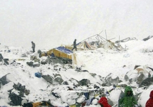 Images And Video Emerge After The Deadly Avalanche At Mount Everest