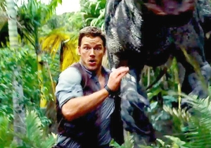 Chris Pratt Outruns Indominus Rex In A Fresh Clip From 'Jurassic World'