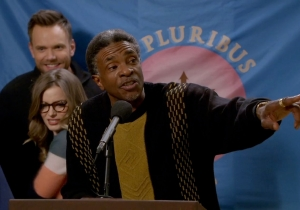 Review: 'Community' – 'Basic Email Security': Sony hack attack