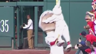 The Easter Bunny Took Out George Washington And Teddy Roosevelt During The Nationals' Presidents Race
