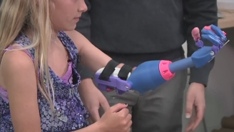 A 7-Year-Old Girl Got A New 3D-Printed Left Hand For The Wonderful Price Of $50
