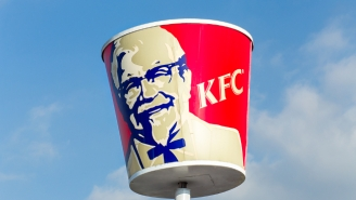 Whoops! An Oklahoma KFC Accidentally Played Porn For A Family Of Customers