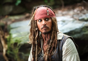 'Pirates Of The Caribbean: Dead Men Tell No Tales' Sails In With A Trailer