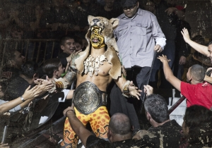 Let's All Stomp Hernandez In This Week's Exclusive Lucha Underground Clip