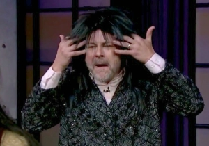 Megan Mullally, Rob Corddry, And Tig Notaro Played 'Musical Chers' As Cher On 'The Late Late Show'