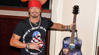 Bret Michaels Will Give You A Free Hamburger If You Sing For Him On Tax Day