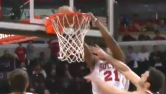 Jimmy Butler Absorbs The Contact And Puts Zaza Pachulia On A Poster
