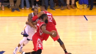 Dwight Howard Gets Away With A Nasty Elbow To Andre Iguodala's Throat
