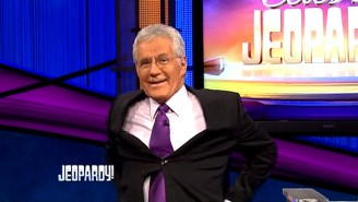 Watch Alex Trebek Pull Off A Tremendous 'Discount Double Check' For Aaron Rodgers