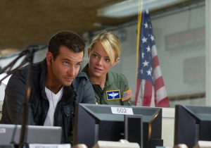 Emma Stone Plays An Asian Fighter Pilot In 'Aloha,' Cameron Crowe's Disastrous Attempt At A Hawaiian 'Casablanca'