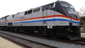 A Passenger Recorded The Moments After An Amtrak Train Crashed In Philadelphia