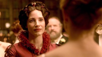 Jessica Chastain Gets Creepy In Guillermo del Toro's 'Crimson Peak' Trailer