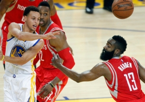 After Steph Curry's Blistering 1st Quarter, James Harden Had A Hot Streak Of His Own