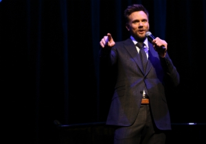 Joel McHale Gets The Gig Of Attempting To Make The ESPYs Entertaining