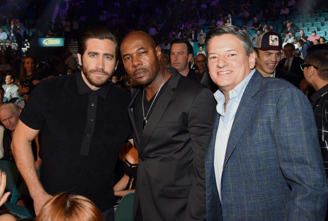 Netflix Chief Content Officer Ted Sarandos (right) ringside at Mayweather-Pacquiao