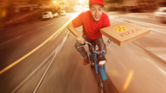 This Very Determined Pizza Delivery Man Was Stabbed In The Chest And Kept Working