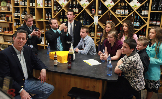 Santorum enjoying a beer with noted child molester Josh Duggar