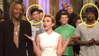 Watch Scarlett Johansson Spoil The Mayweather-Pacquiao Outcome For The 'SNL' Cast
