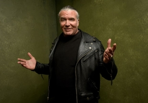 Scott Hall Shared A Picture Of His Christmas Tree, But Forgot To Crop Out The Porno He Was Watching