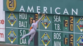 Giancarlo Stanton Continues To Prove He's Not Human With This Crazy Catch