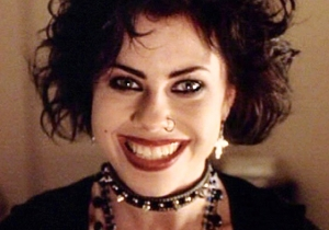 '90s Goth Girls: Your favorite movie from high school is getting a remake