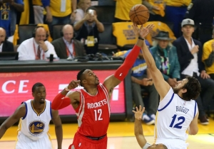 Dwight Howard Is Listed As 'Questionable' For Game 2, Pending MRI Results