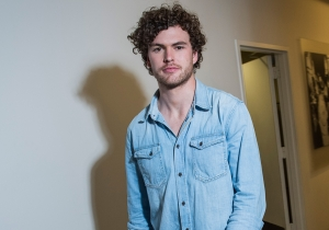 Taylor Swift scratched his back, so he'll scratch hers: Vance Joy goes 'Places'