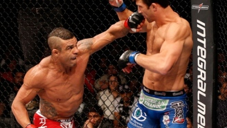 Chris Weidman Thinks Vitor Belfort's Steroid Test Results Are Fishy