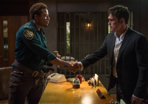 'Wayward Pines' showrunner Chad Hodge on building paranoia and offering 'The Truth'