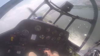 Here's The Moment A Vintage WWII Plane Made An Emergency Landing In Washington