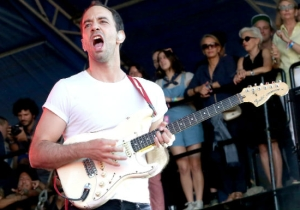 Albert Hammond, Jr. Shares One Of His Poppiest Tracks Yet