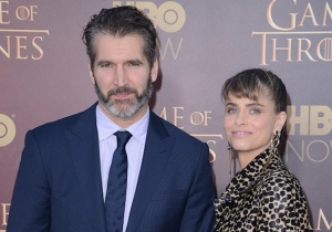 Amanda Peet, Wife Of A 'Game Of Thrones' Showrunner, Defends The Show Against Misogyny Outcry