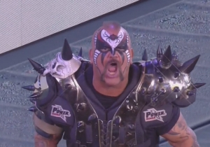 Watch WWE Hall Of Famer Road Warrior Animal Come Out With Ken Shamrock At Bellator 138