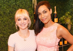 Anna Faris Can't Stand How Actresses Are 'Pitted Against One Another'