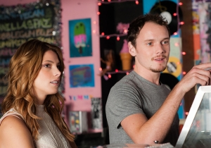Review: Joe Dante tries to spin gold with the thin script for 'Burying The Ex'