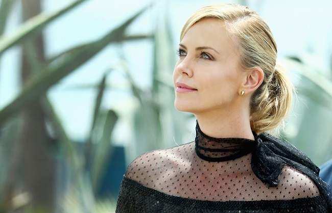 Charlize Theron charlize-theron-01_Getty-cropped