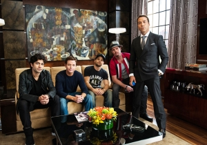 Review: 'Entourage' is a big-budget riff on the low-stakes original