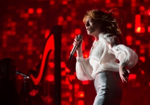 Florence Welch Announced Plans To Publish Her First Book Titled 'Useless Magic'