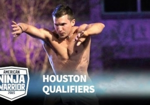 Watch Gymnast Jonathan Horton's Superhuman Run On 'American Ninja Warrior'