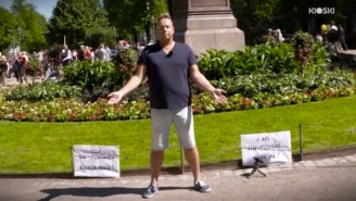 Watch What Happens When An HIV-Positive Man Asks Strangers To Touch Him