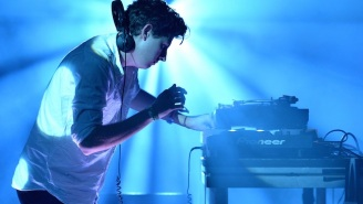 Watch Jamie XX Perform His Standout 'Loud Places' With A Choir