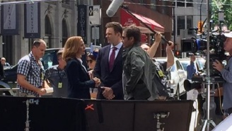 Here's Joel McHale Hanging Out With Mulder And Scully On 'The X-Files' Set In Vancouver