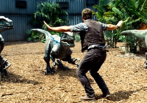 'Jurassic World' Female Raptors Changed To Male For The Toys Because Everything Is Dumb