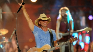 37 Kenny Chesney Fans Ended Up In A Pittsburgh Hospital Following Another Very Rowdy Evening