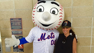 Here's How You Get Former Porn Star Lisa Ann To Attend A Baseball Game With You